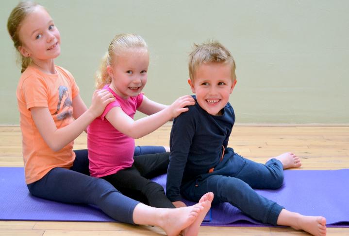 Yoga met een prentenboek voor kinderen